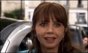 Comment s'appelle la mère de Clem dans la série ?