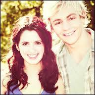 En quelle année Ross passe le casting pour la série  Austin & Ally  ?