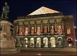 Depuis le 11 décembre 1986, Namur est la capitale de la Wallonie mais l'Opéra royal de Wallonie, lui, se trouve à …