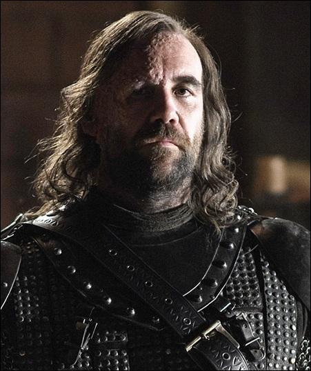 Comment est surnommé, Sandor Clegane le bouclier lige du prince Joffrey ?