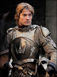 Eddard Stark arrive à Port-Réal, en passant par la salle du Trône, il rencontre ser Jaime Lannister. Quel assassinat évoque-t-il ?