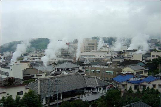 Avec ses 3000 sources chaudes, Beppu est la ville la plus ...