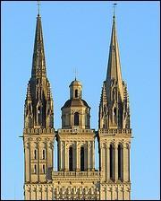 Et ces parties symboliques d'une cathédrale (tout en haut) ?