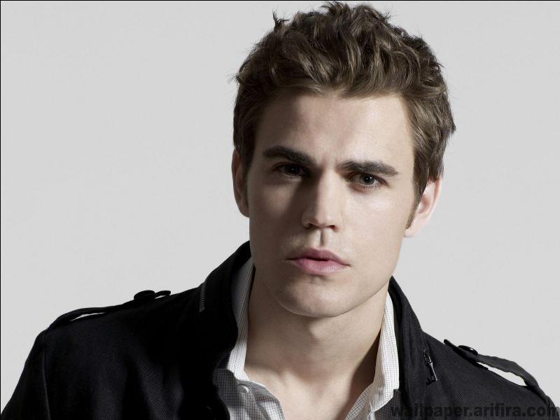 Qui est l'acteur qui joue Stefan Salvatore ?