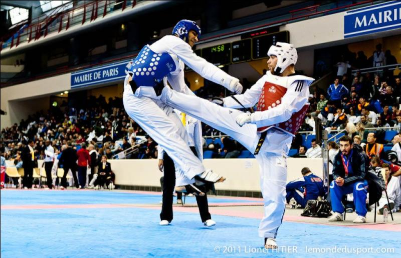 Quel est ce sport d'origine coréenne, dont le nom peut se traduire par  La voie du pied et du poing  ?