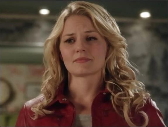 Dans quelle ville se trouve la prison où Emma a été envoyée ?