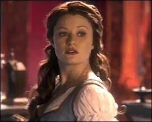 Qui conduit Belle dans les mines afin de lui faire perdre une nouvelle fois la mémoire ?