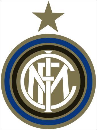 À quel club italien appartient cet écusson ?