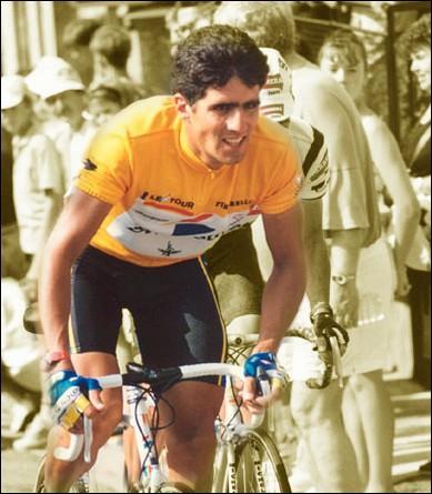 A l'occasion du Tour 96, quel champion mit fin au règne quinquennal du  Roi de Navarre  Miguel Indurain ?