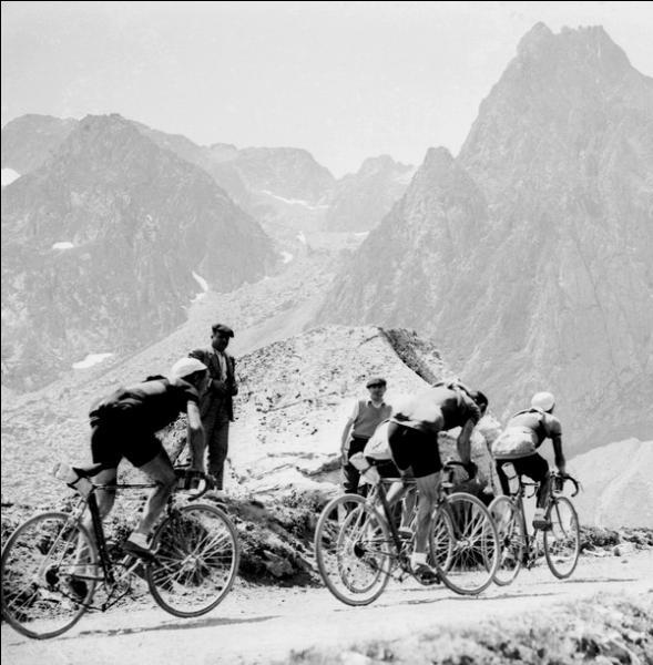 Au départ du tour 1937, quelle importante amélioration technique est enfin autorisée par les organisateurs ?