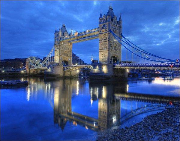 Parmi ces monuments, lequel se situe à Londres ?