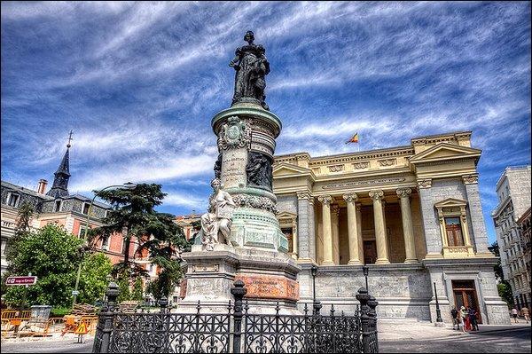 Madrid a été fondée au IXème siècle :