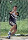 Lancer de poids, record détenu par R Barnes (USA) avec ...