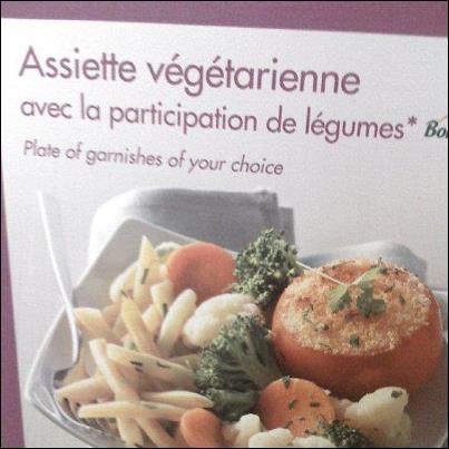 Cette assiette végétarienne a l'honneur de recevoir dans son plat...