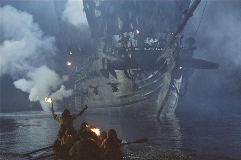 """Dans """"Pirates des Caraïbes : la malédiction du Black Pearl"""", comment s'appelle le fortin, commandé par James Norrington, chargé de défendre Port Royal lors de l'attaque de la colonie britannique par le """"Black Pearl"""" ?"""