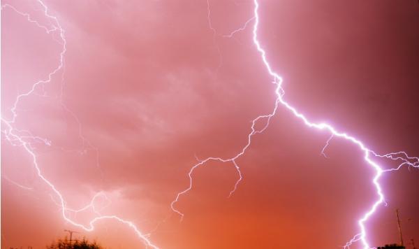 21- Quelques trucs à savoir sur les orages, les éclairs et la foudre