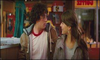Au début, Katie ainsi que toute l'école croyaient que Dave était ________.