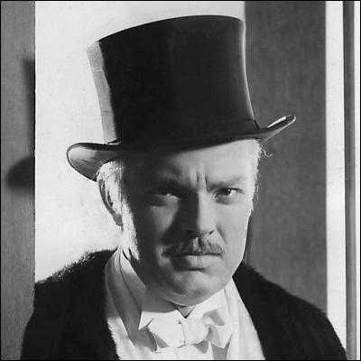 Qui interprète le rôle de Charles Kane dans  Citizen Kane  ?