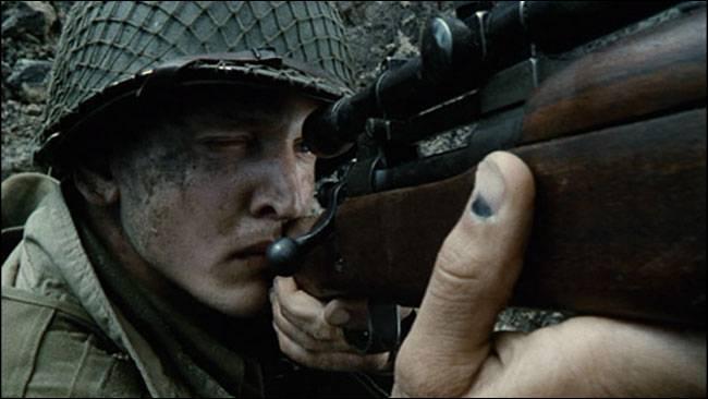 Qui joue le rôle du Capitaine John H. Miller dans le film  Il faut sauver le soldat Ryan  ?