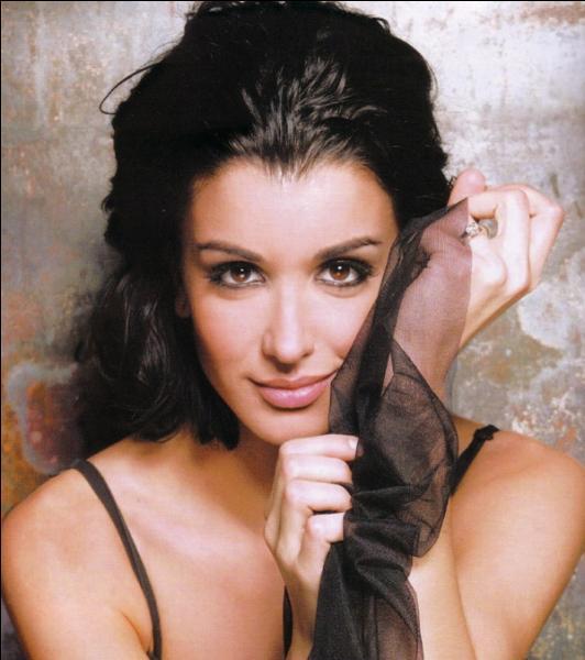 Chanteuse française, également coach de The Voice !