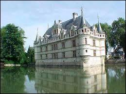 Ce célèbre château de l'Indre, l'un des plus visités de France, a servi de modèle au château de la Belle au bois dormant. Quel est-il ?