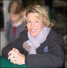 Qui est Meredith M. Beerbaum. ( Quelle race de cheval monte-t-elle ? , Comment s'appelle son cheval ? et de quelle discipline est-elle championne ?