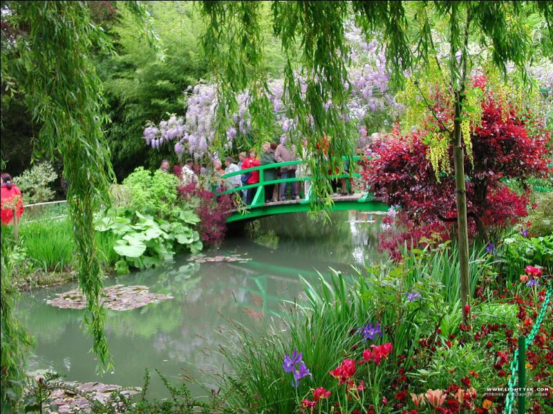 Comment s'appelle ce jardin, dans le département de l'Eure, qui inspira Monet ?