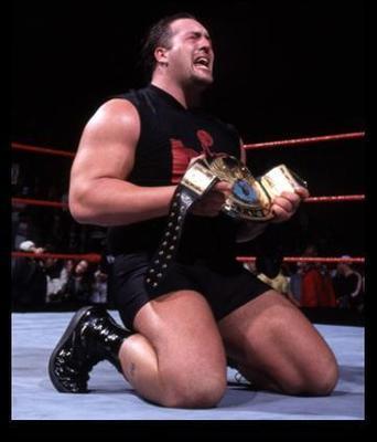 Il est le géant de l'Attitude Era. Qui est ce lutteur ?