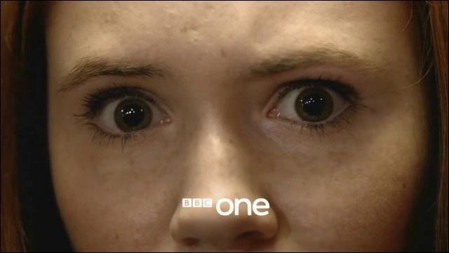 Les yeux sont comme des...
