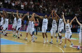 Quelle équipe nationale la France a-t-elle battue en finale de l'Euro ?