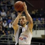 Qui est ce pivot du KK Partizan Belgrade (Serbie) ?