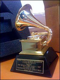 Combien de Grammy Awards a remporté la chanteuse Madonna ?