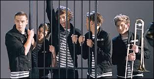 Combien de fois les One Direction sont-ils passés dans la boîte à questions ?