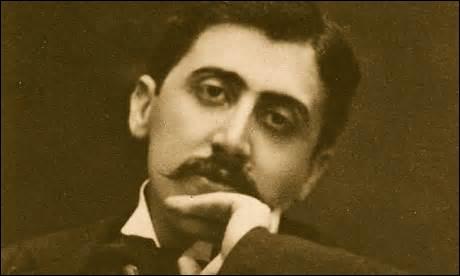 Je suis né le 10 juillet 1876 à Paris et décède  d'une bronchite mal soignée  le 18 novembre 1922 dans la même ville, mon œuvre principale est une suite romanesque intitulée  A la recherche du temps perdu  publié de 1913 à 1927, qui suis-je ?