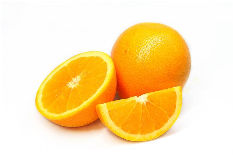 Je fais partie de la famille des agrumes, et je suis orange, je suis :
