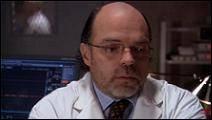 Quel acteur joue le Dr. Bill Lee ?