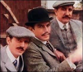 """Entrons dans les épisodes. Dans l'épisode """"Visite incognito"""", Valentin et son équipe sont chargés de la protection d'un prince, mais de quelle nationalité ?"""