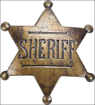 Dr Quinn est-elle contente que Matthew devienne shérif ?
