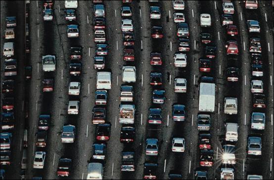 Dans quelle(s) langue(s) le mot  trafic  est-il bien écrit ?