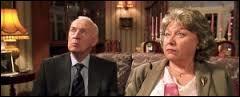 Qui sont les invités de Mr. et Mrs. Dursley ?