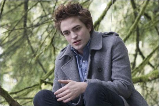 Quelle est la phrase que dit Edward après cela ?