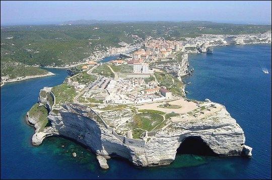 En quelle année la Corse est-elle devenue une possession française ?