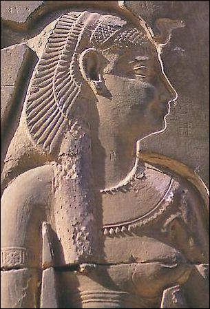 Le tombeau de Cléopâtre et de Marc Antoine a-t-il survécu ?
