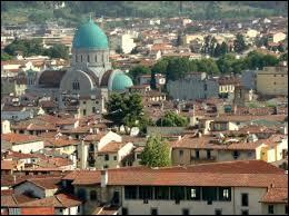 Quelle famille italienne a dominé la ville de Florence au XVe siècle ? La Maison…