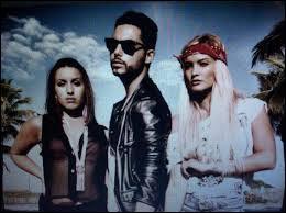 Qui sont les trois chanteurs ?