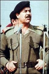 Quel dictateur était un militaire et homme d'État irakien de 1979 à 2003 et premier ministre de 1979 à 1991 et de 1994 à 2003. Il a été renversé lors de l'invasion de l'Irak en 2003, par les É
