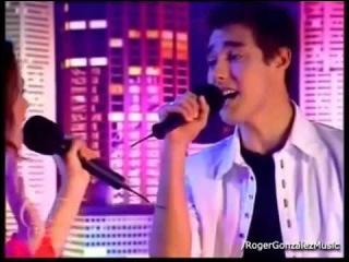 Dans la série  Violetta , avec qui chante-t-il  Podemos  ?