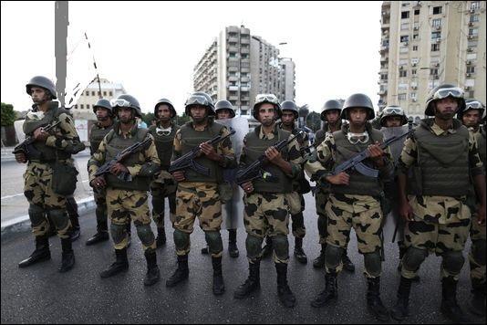 3 juillet 2013 : Quel président est démis par un coup d'état militaire ?