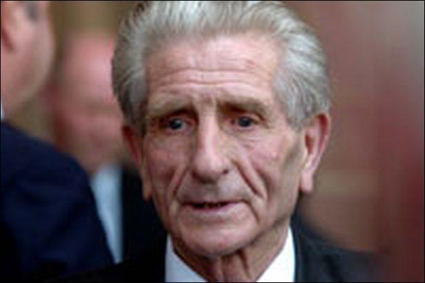 9 juillet 2013 : Quelle était la nationalité de Dave Hickson, décédé en ce jour ?