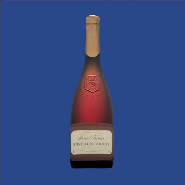 Louis XIV appréciait aussi cet autre vin tranquille AOC, élaboré uniquement en année très ensoleillée, d'où sa rareté. C'est le :